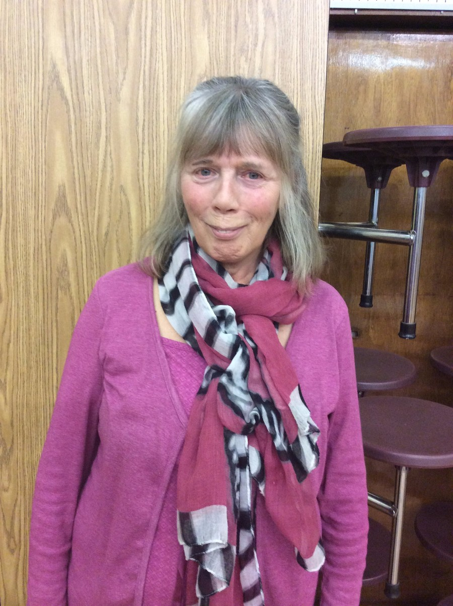 Mrs J Daniels