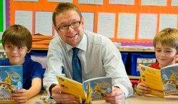 Mr Richardson