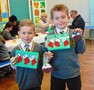 Y2 christmas craft dec 16 025.jpg