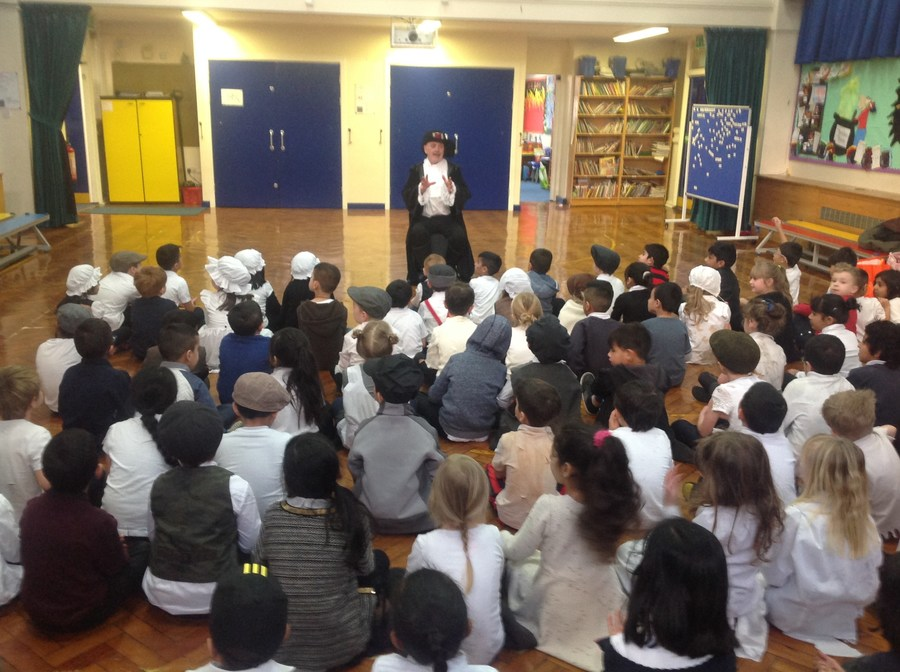 Samuel Pepys telling the children all about The Graet Fire Of London