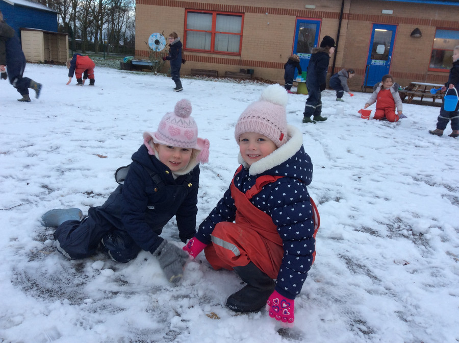We made the most of the half a day of snow, making snowcastles, snowballs and snow angels.