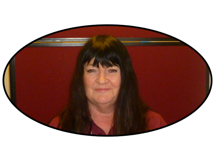Tina Aitchison - Play Worker
