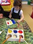 Afterwards, we painted Romanian flags.