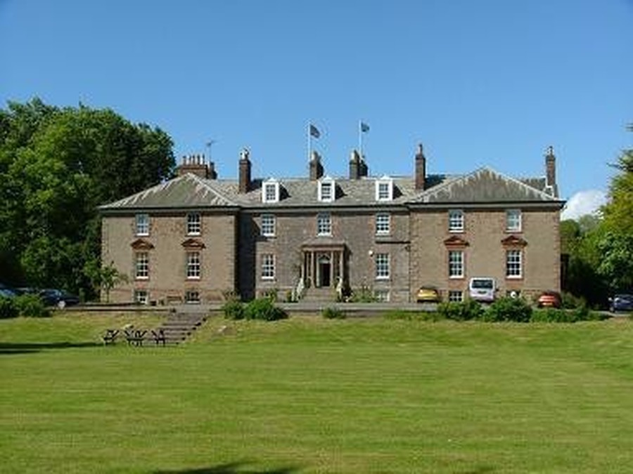 Lockerbie Manor