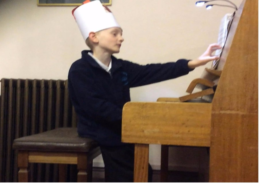 Jared playing in interval at the Spilsby Music Festival