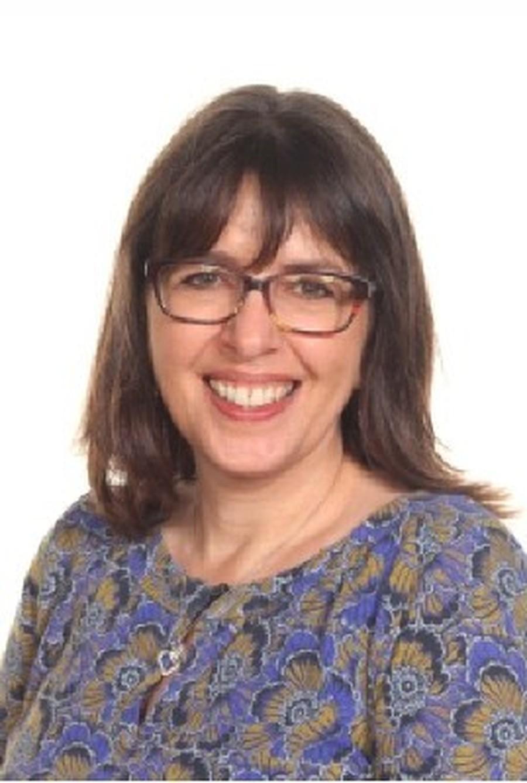 Mrs J Cowan