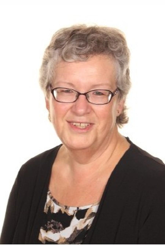 Mrs H Freeman