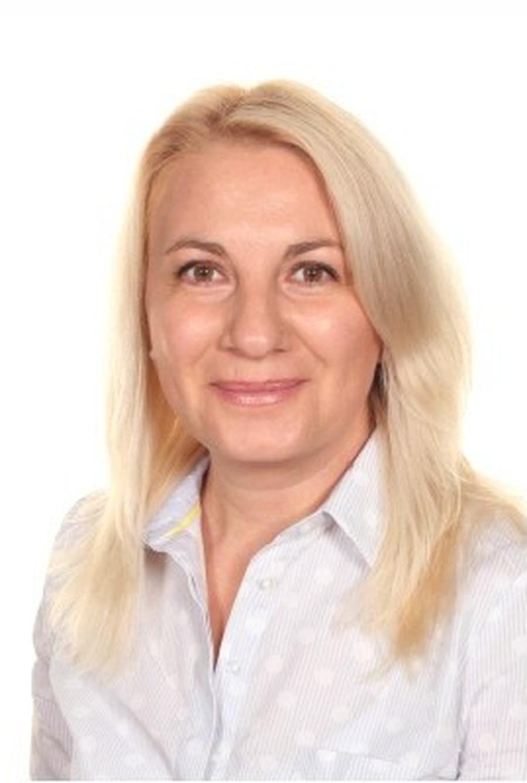 Mrs E Koleva