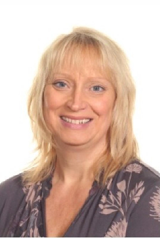 Mrs G Sutherland