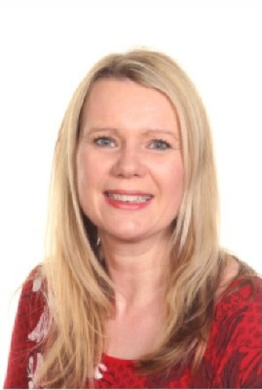 Mrs L Wood
