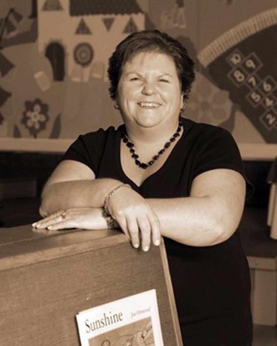 Mrs S Dutton