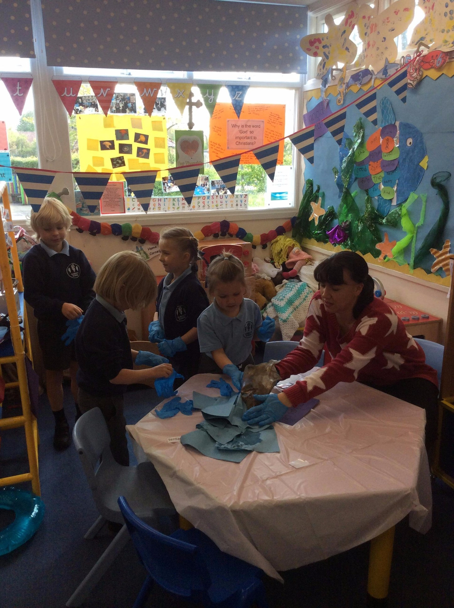 We invited our parents to our Science Cafe which was linked to our topic of the ocean. Click here to see more...