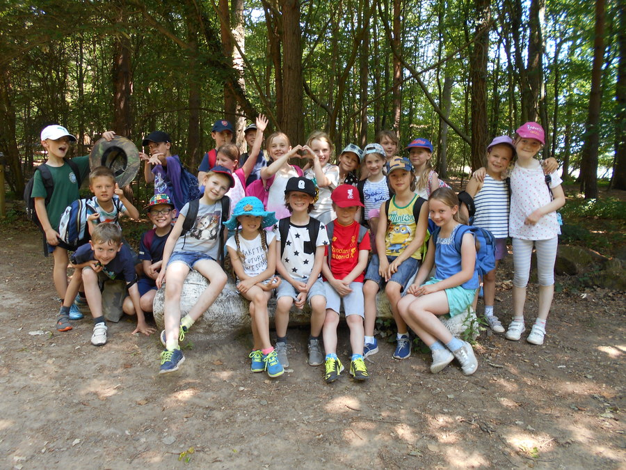 Class trip to Groombridge Place