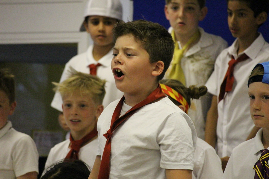 Click on this image to see pictures from our KS2 Show