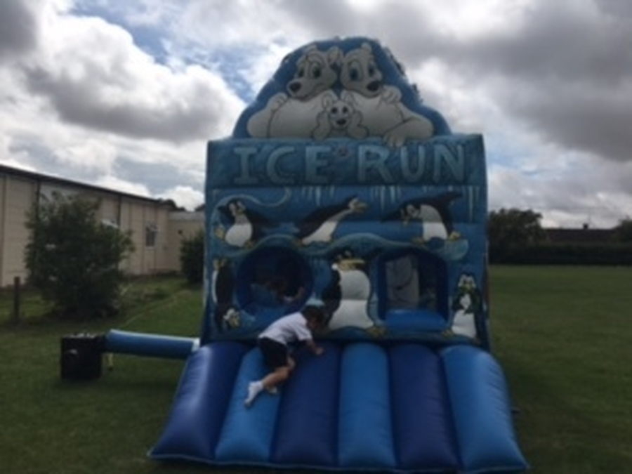 Ice-run assault course