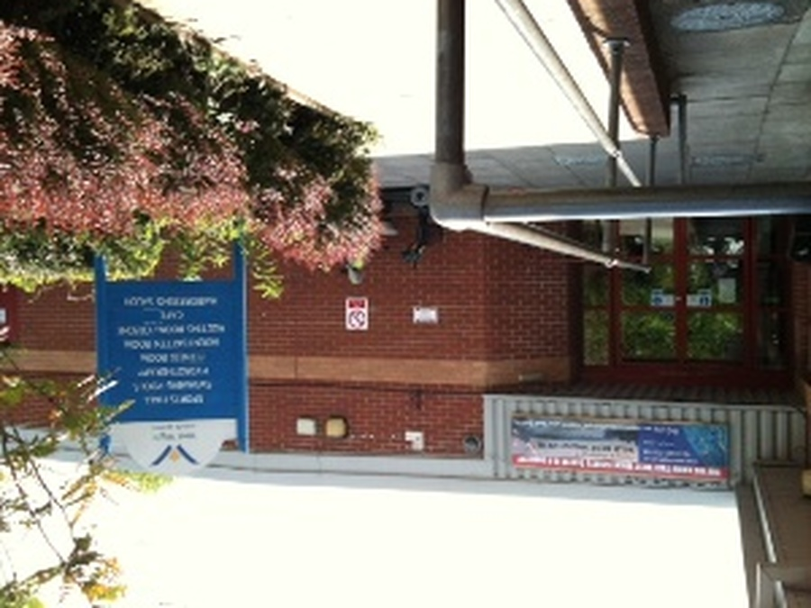 Every week, a class goes to West Wight Sports Centre for swimming lessons.