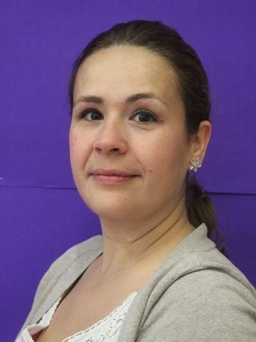 Mrs Ruth Garcia