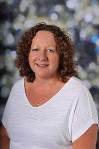 <b>Mrs J. Neasham</b><p><b>Deputy Headteacher</b></p>