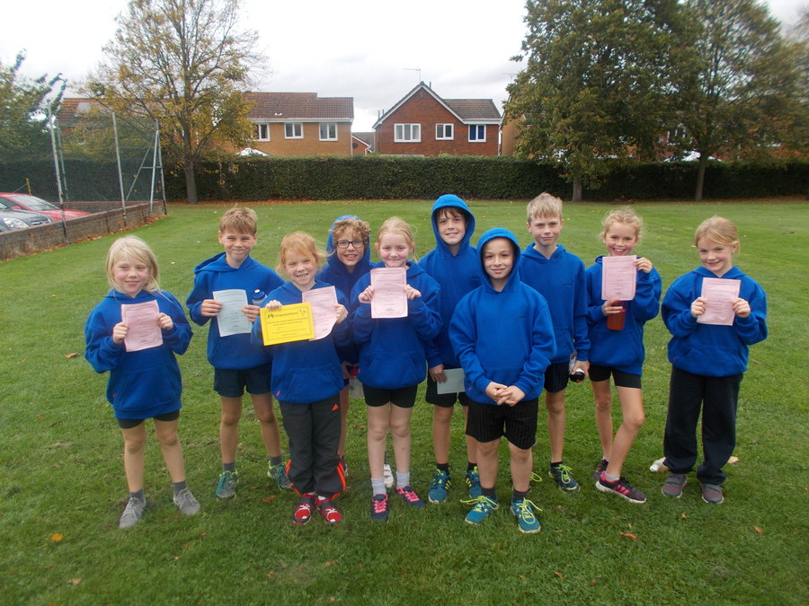 U11 XC run - October 2017. the boys team came in 3rd place (luke Hyde in 3rd place) and the girl;s team came in 1st place (Lottie Hitchcock won the race) even though our team was mae up of all year 5 girls - FANTASTIC!